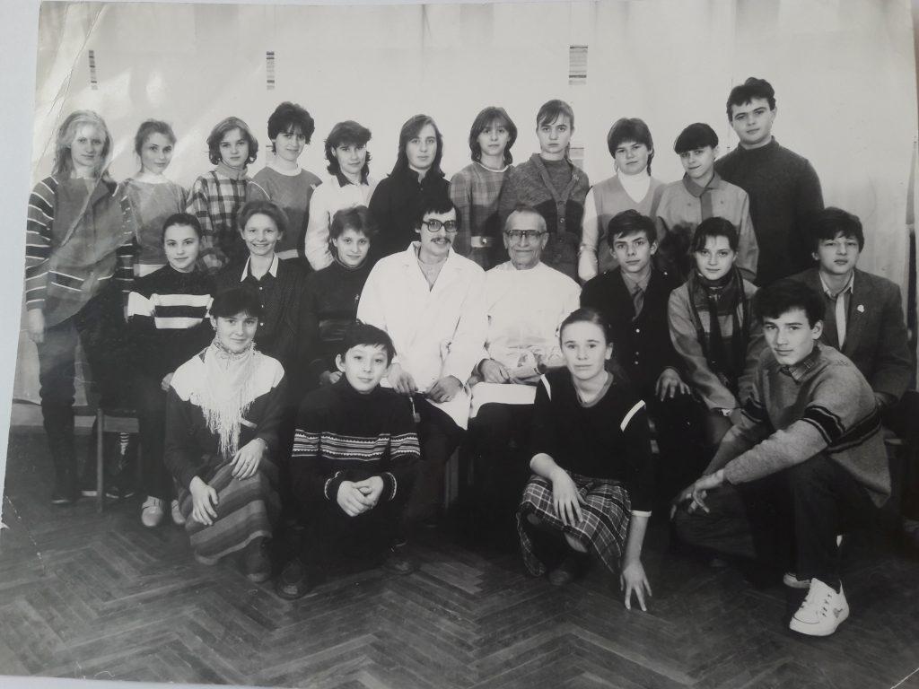 Н.М. Амосов и детский медицинский кружок.